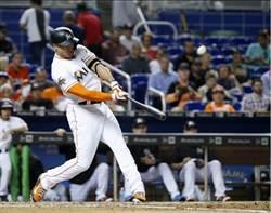MLB》馬林魚史坦頓展怪力 開轟直擊記分板