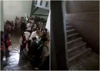 西安下暴雨 兵馬俑險被淹水