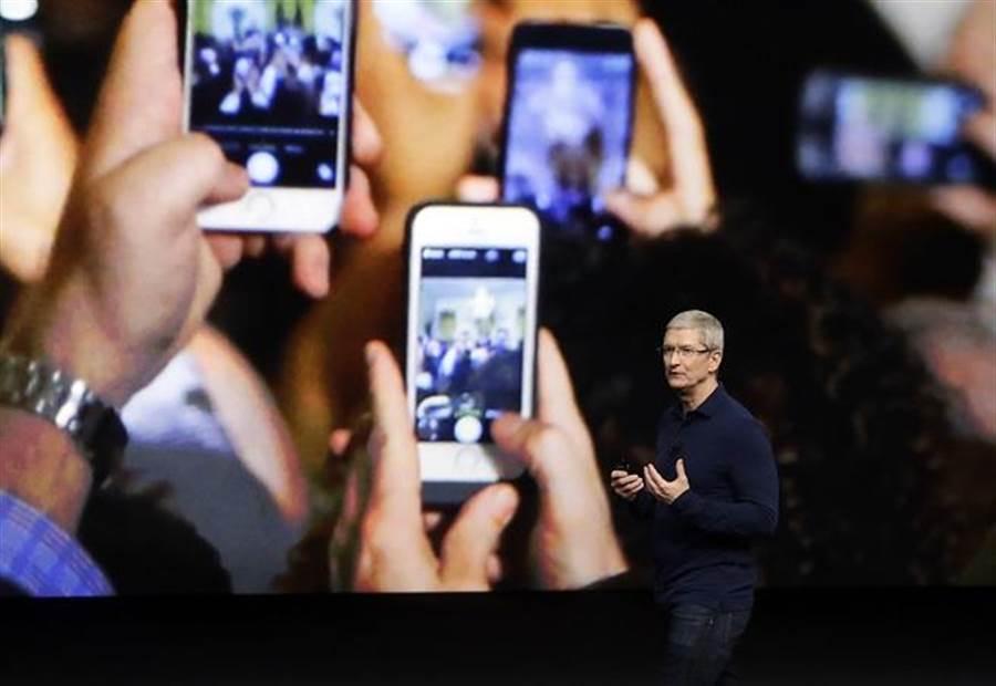 摩根大通認為iPhone8不會遲到,9月如期上市。(美聯社資料照)