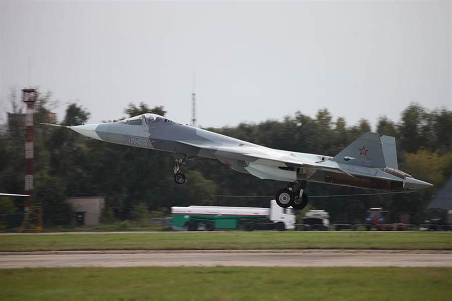 隸屬於俄國空軍T-50戰機原型機。(圖/維基百科)