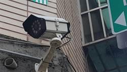 監視器全向外 錦平里52支電眼緊盯賊