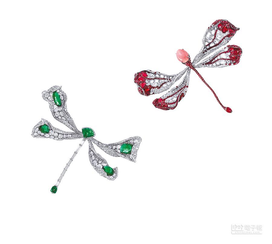 1. CINDY CHAO蜻蜓系列胸針耗費設計師6年時間構思,並分別使用祖母綠及孔克珠為主石。(CINDY CHAO提供)