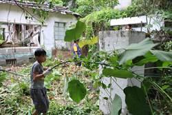 軍人不掃我們掃 東港共和新村自救會展捍衛家園決心