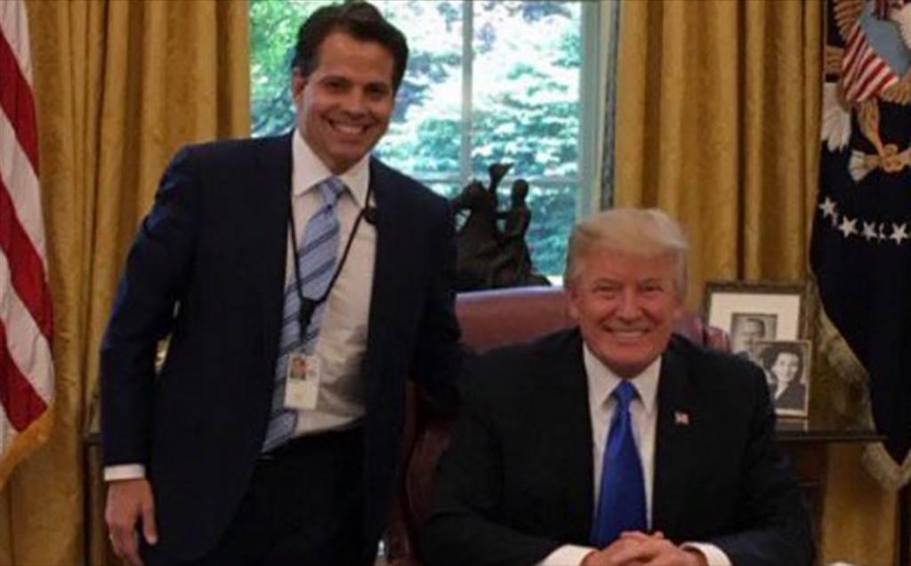 白宮聯絡室主任史卡拉穆奇是美國總統川普的死忠支持者。他將先前與川普的合照作為他推特的主題照片。(照片取自推特@Scaramucci)