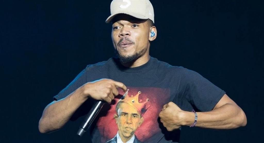 美國嘻哈說唱歌手Chance the Rapper上周五的演唱會發生未成年粉絲喝酒遭取締的事件,超過90名觀眾因為喝酒過量送醫。(圖:美聯社檔案照)