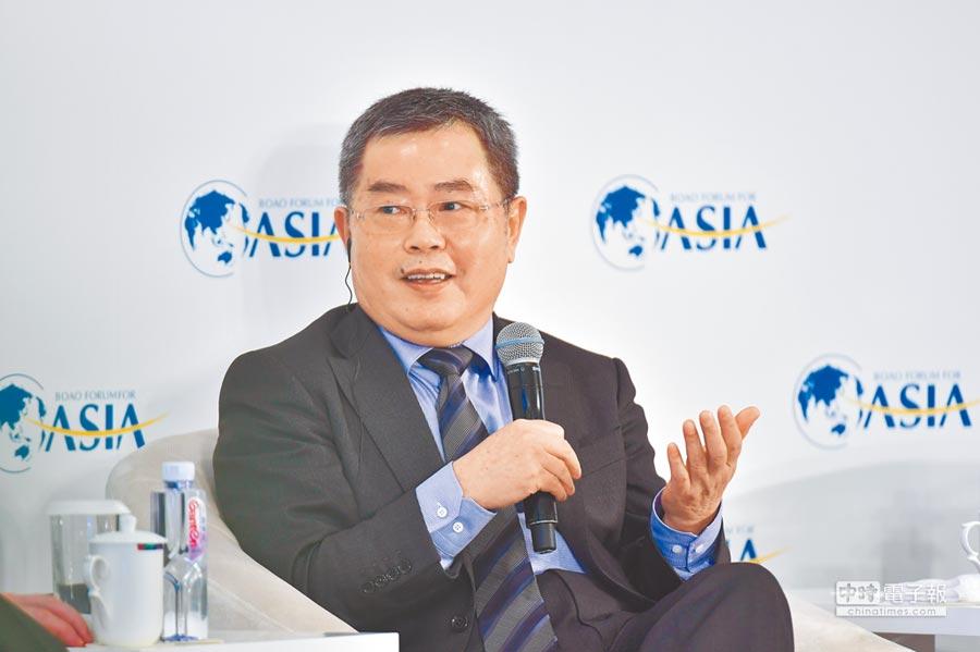 大陸國家金融與實驗發展研究室理事長李揚。(中新社資料照片)