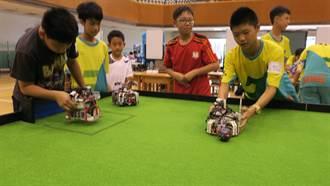 彰化縣機器人大賽 中學生寫程式展現創意