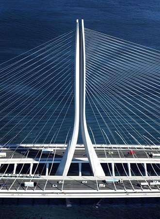 科技帶來更多可能性 展覽攜手HTC VIVE預見淡江大橋