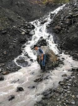 尼莎、海棠豪雨 力行產業道路多處坍方中斷