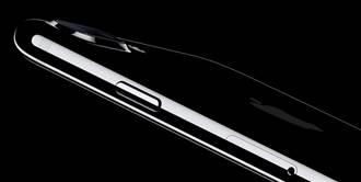 國外iPhone賣太貴 美國記者打抱不平