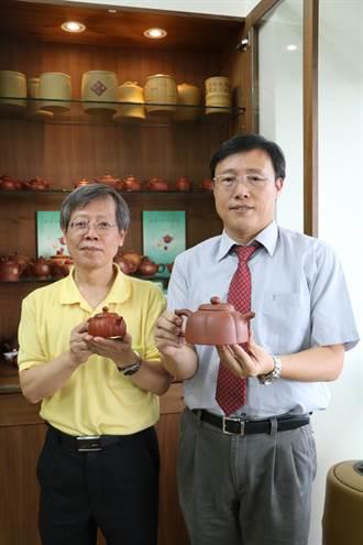 興大研究:紫砂壺和朱泥壺泡烏龍茶具更多健康化合物