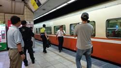 台鐵台北車站 旅客跳軌遭莒光號列車撞及