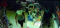 缺錢買毒 蒙面盜持刀搶超商被逮