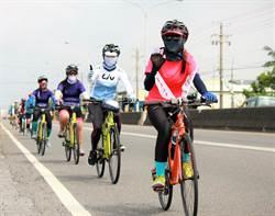 台南女中熱血女孩單車直奔東台灣 為癌友募髮募款