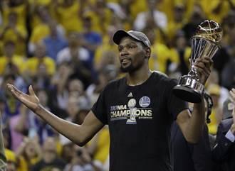 NBA》不去白宮 杜蘭特:我無法尊重那個人