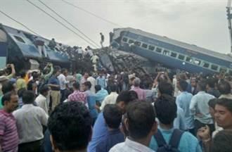印度火車出軌事故 至少23死 81傷
