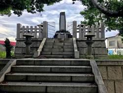 高雄覆鼎金公墓遷葬 僅3座墓園現地保存
