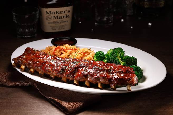 波本威士忌炭烤豬肋排(Bourbon BBQ Ribs),NT880/NT560 (圖/TGI FRIDAYS)