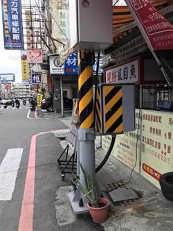 避占用路空間 台南將舊控制箱換成附掛式縮小型控制器