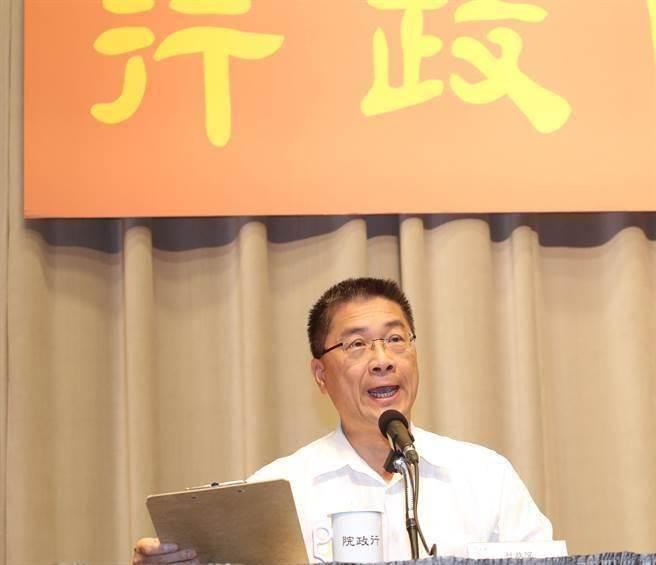徐國勇口誤:總統請辭,網友虧說出心裡話,您怎看?
