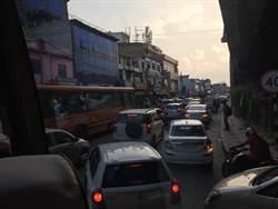 趣印度》沒塞車才是怪 印度式過馬路更是沒在怕