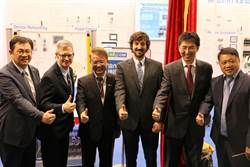 全球第3家 新漢推出七軸機器人