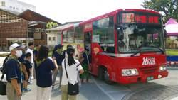 美濃庄頭巴士加值觀光導覽解說 2個月來乘客暴增近2倍