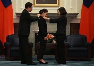 郭婞淳獲總統頒授五等景星勳章