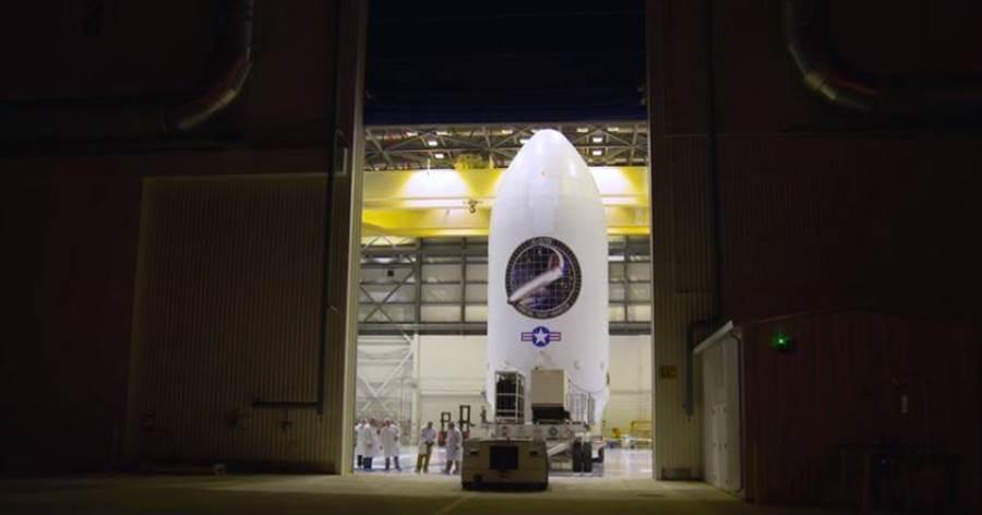 昨晚運送X-37B的過程,這是spaceX公司首次發射-37B。(圖/spaceX)