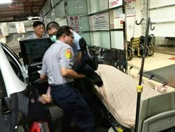 巡邏遇民眾攔車 警車火速送吞藥女就醫