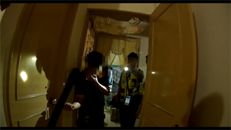 反鎖躲警察 鎖匠助攻逮7條通緝犯
