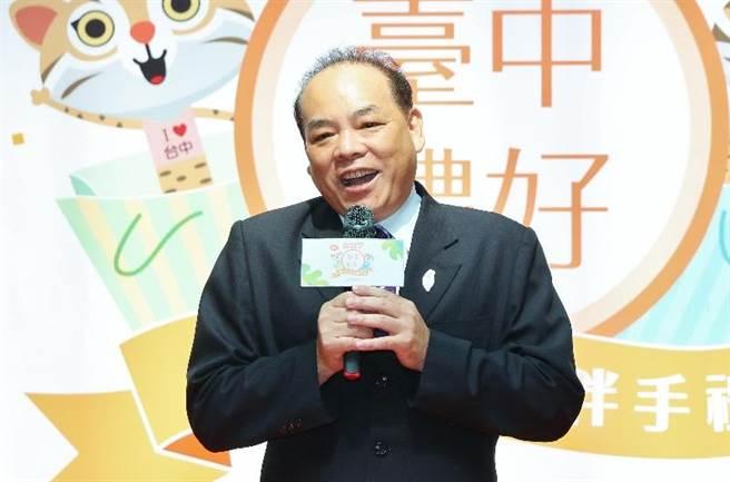 台中工策會總幹事蔡世寅表示,台中的廠家報名踴躍,有很多廠家融入花博元素,一起推廣花博。(盧金足攝)