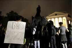 美開國元勳傑佛遜雕像 遭維吉尼亞大學學生蓋布袋