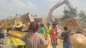 西港外環道工程地上物開拆 民間團抗議爆衝突