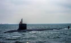 美國最先進潛艦 用電玩控制器操作