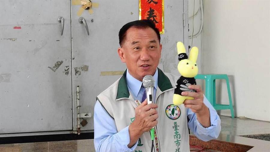 台南市議員吳通龍爆涉及虛報助理費,20日遭南檢傳喚到案說明,地方居民得知也相當震驚。(翻攝吳通龍臉書)