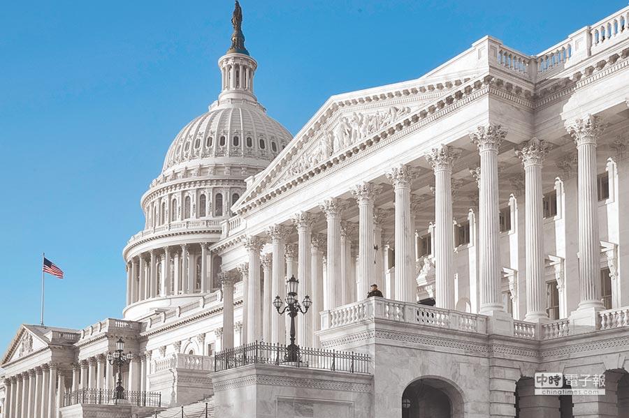 美參議院日前以懸殊比數通過「2018財政年度國防授權法」。(美聯社)