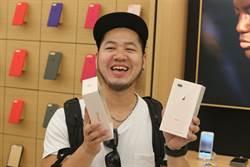 到Apple直營店取iPhone 8 兩點不一樣