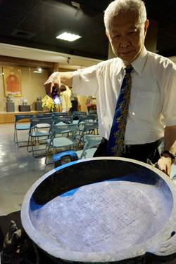 徐鴻洋醫師策展青銅器、銅鏡展 古文物讓人讚嘆