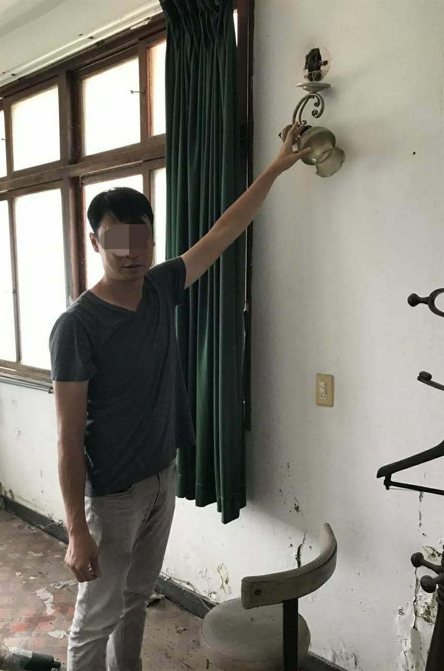 蔡姓嫌犯在台南市區經營古物商行,竟兼差當竊賊,專挑檜木家具下手。(翻攝照片)