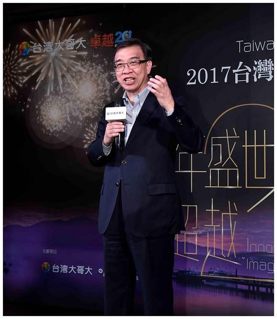 台灣大哥大總經理鄭俊卿表示,適逢台灣大哥大20周年,今年「台灣大哥大日月潭花火音樂會」特別以<光年盛世 超越20>為主題,精心打造一場集結跨世代金曲的音樂饗宴。(台灣大哥大提供)