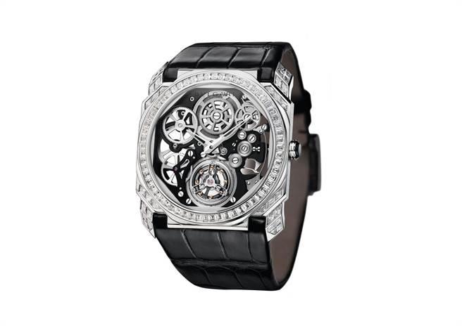 BVLGARI OCTO FINISSIMO TOURBILLON SKELETON 超薄鏤空陀飛輪鑽錶。(圖/ 寶格麗 提供)
