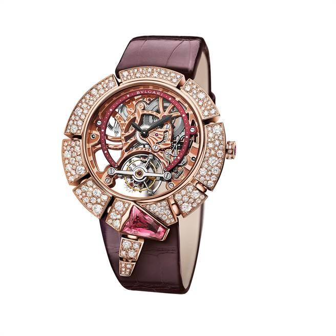 BVLGARI SERPENTI INCANTATI 鏤空陀飛輪女性腕錶。(圖/ 寶格麗 提供)