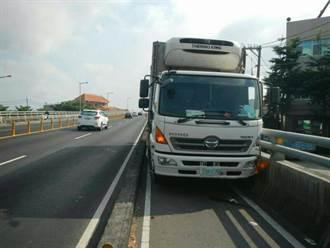 貨車駕駛逆向自撞 送醫不治