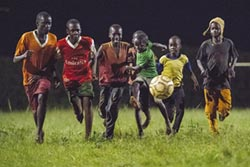 非洲足球夢的黑暗面