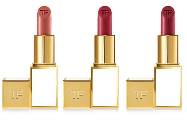 (左至右)飽和女神唇膏(2g)/1,300元(熱賣色#22GRACE、#24EMMA、#25NAOMI)(圖/TOM FORD提供)
