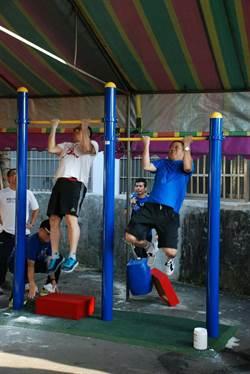 蘆竹分局拉單槓比賽 參與踴躍