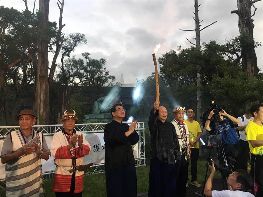 宜蘭全運會即將在21開幕,宜蘭縣政府6日舉行聖火取火儀式,期盼屆時各縣市好手都能拚出好成績。(黃邱倫攝)