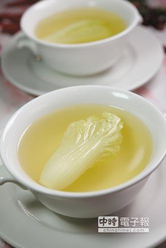 新菜上桌-史上最難烹製川菜 台北國賓飯店嘗得到啦