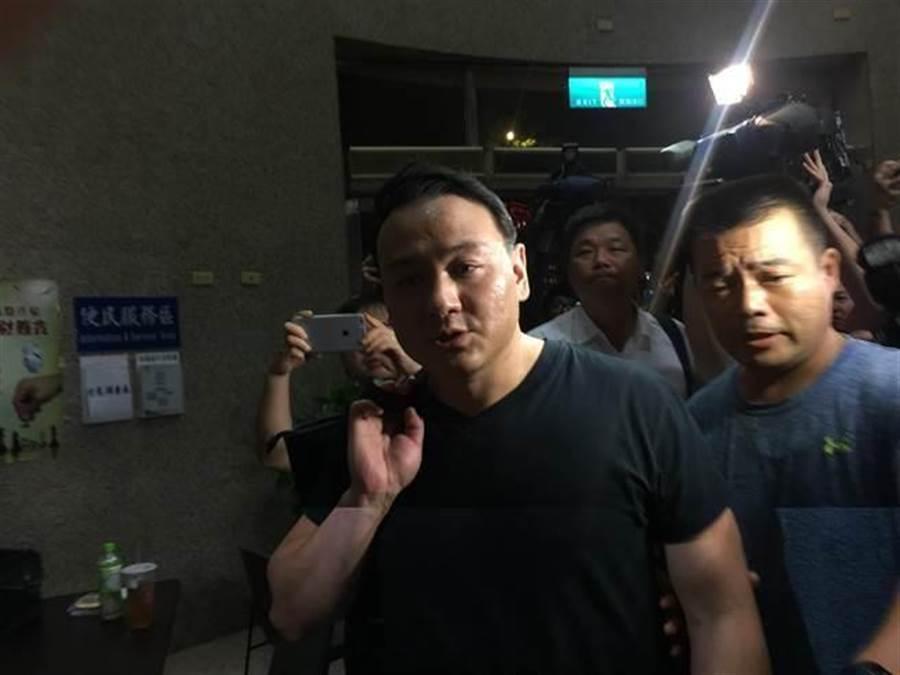 9月27日,台北地檢署依殺人未遂罪嫌將張安樂次子張瑋等五人分別裁處25萬到10萬元不等交保,並限制居所。(本報系資料照片)